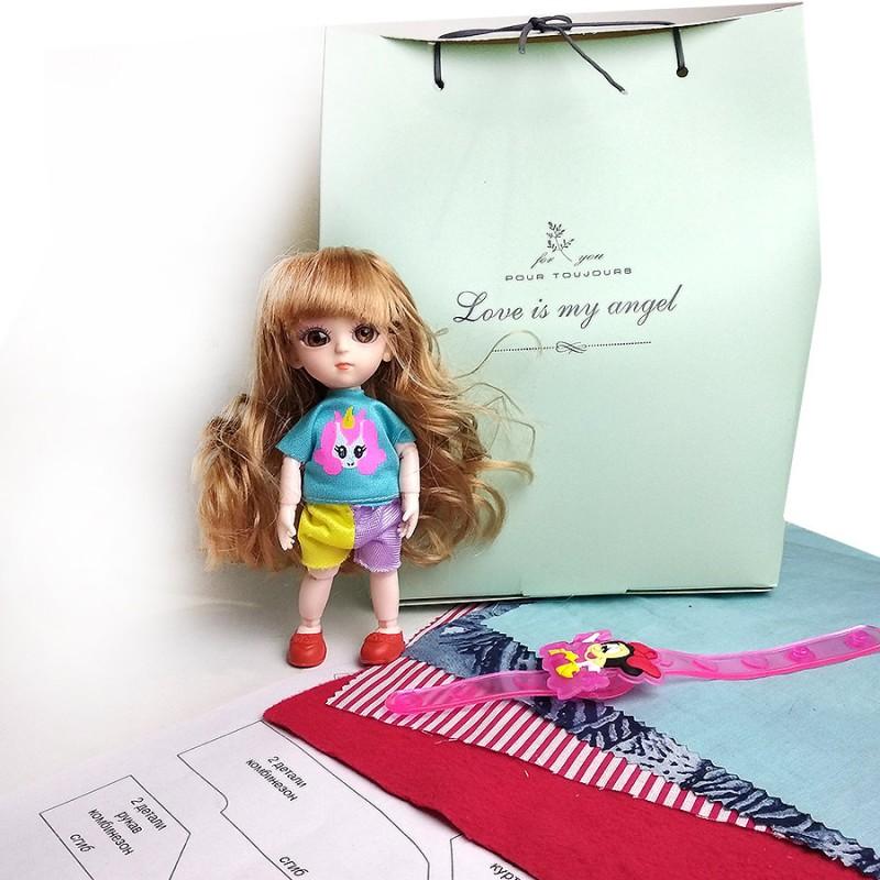 Шарнирная кукла с выкройками одежды